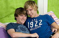 Teachtwinks.com gay twinks